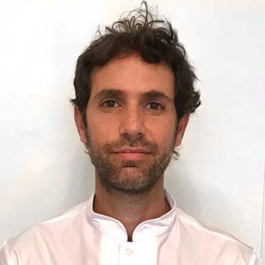 Dr. Santigao Vommaro