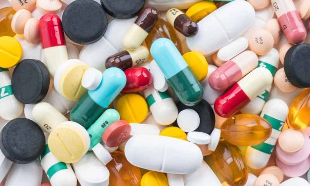 ¿Podrían los esfuerzos para combatir el coronavirus conducir a un uso excesivo de antibióticos?